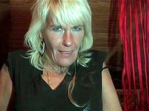 desnudas peludas mujer  rubia video