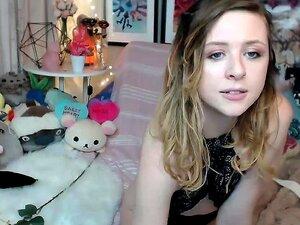 Webcam adolescente juega su dulce rosado HD