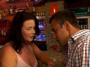 Maduras follando en un bar porno gratis Maduras En Bar Porno Teatroporno Com