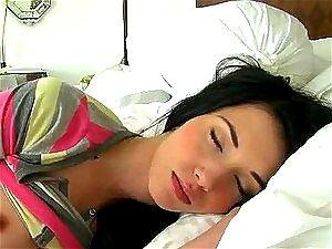 Jovencitas Dormidas - Porno @ TeatroPorno.com