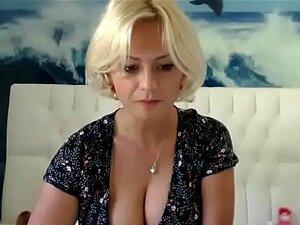 Chica rubia de PantyPetra5 mostrando por cam