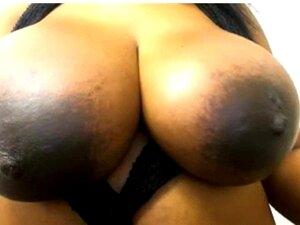 Tetas negras gigantes en la webcam