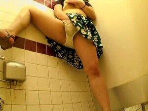 Película porno japonesa con puta sexy perforada